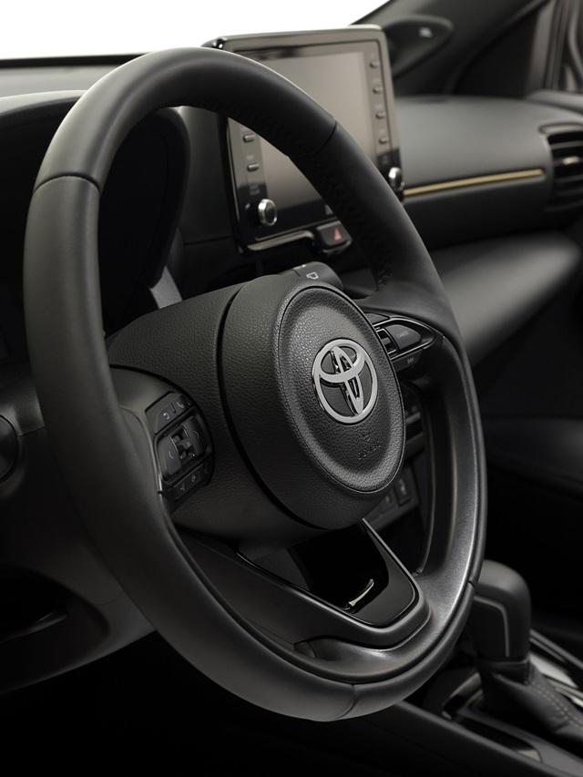 Toyota Yaris Cross Adventure 2021 chào sân, phân khúc miniSUV thêm sôi động - 13