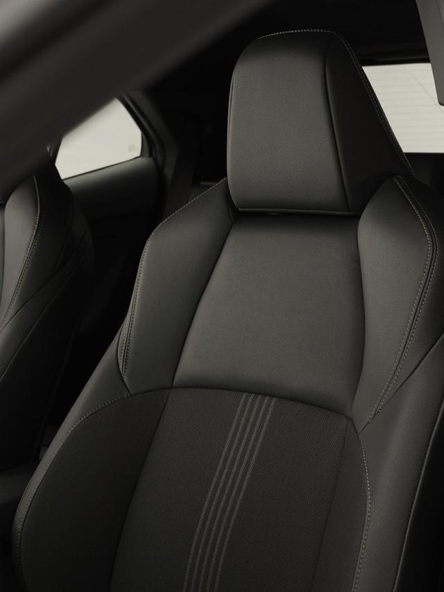 Toyota Yaris Cross Adventure 2021 chào sân, phân khúc miniSUV thêm sôi động - 16