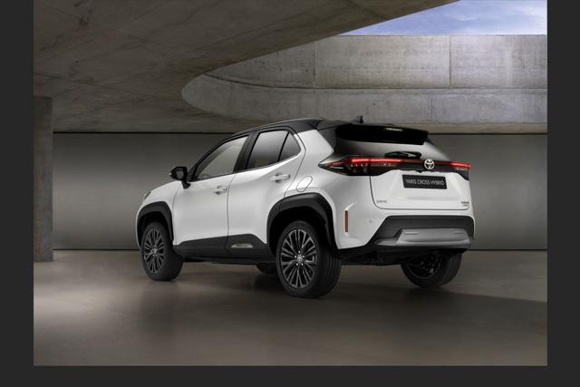 Toyota Yaris Cross Adventure 2021 chào sân, phân khúc miniSUV thêm sôi động - 4