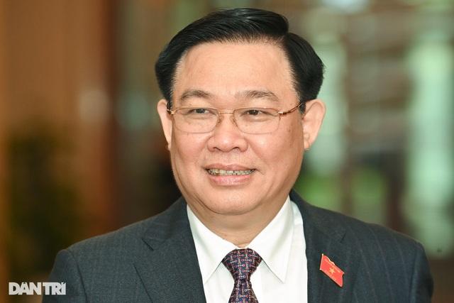 Giới thiệu Bí thư Hà Nội Vương Đình Huệ để bầu Chủ tịch Quốc hội mới - 1