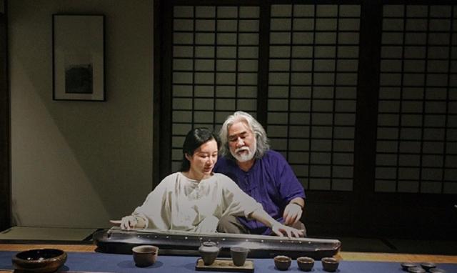 Tuổi thất thập, đạo diễn Trương Kỷ Trung vui thú ở nhà... bế con - 12