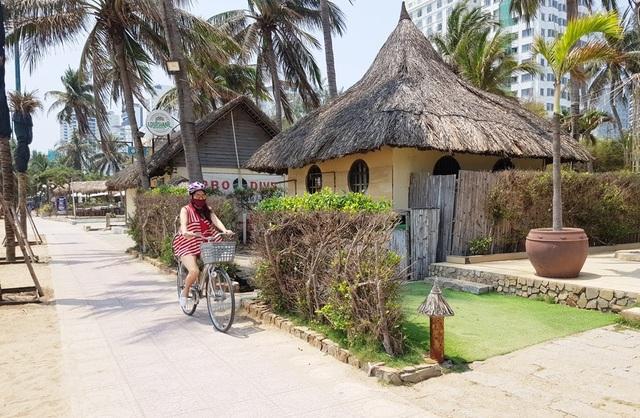 Điểm danh những nhà hàng, công trình khủng chắn biển Nha Trang - 9