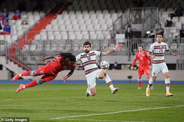 Bồ Đào Nha thăng hoa cùng C.Ronaldo, Hà Lan và Bỉ thắng hủy diệt - 1