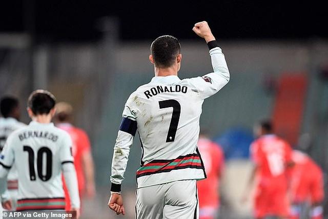 C.Ronaldo tạo kỷ lục ghi bàn ấn tượng ở đội tuyển Bồ Đào Nha - 1