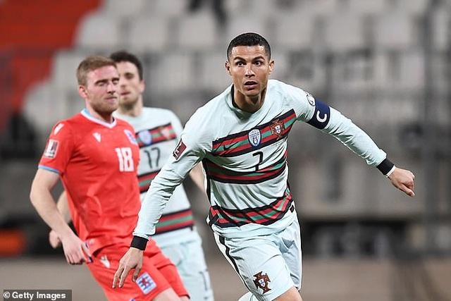 Bồ Đào Nha thăng hoa cùng C.Ronaldo, Hà Lan và Bỉ thắng hủy diệt - 5
