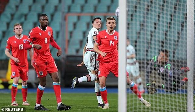 Bồ Đào Nha thăng hoa cùng C.Ronaldo, Hà Lan và Bỉ thắng hủy diệt - 6