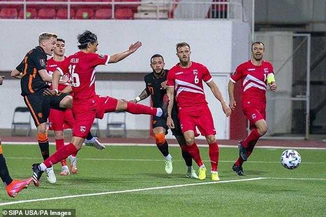 Bồ Đào Nha thăng hoa cùng C.Ronaldo, Hà Lan và Bỉ thắng hủy diệt - 12