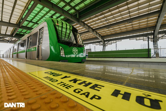 Bắt đầu chuyển giao đường sắt Cát Linh-Hà Đông, chạy thương mại trước 30/4 - 2