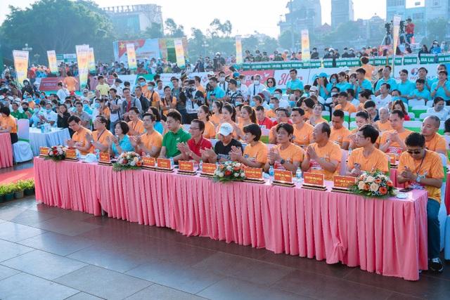 Herbalife Việt Nam đồng hành cùng Tiền Phong Marathon 2021 - 1