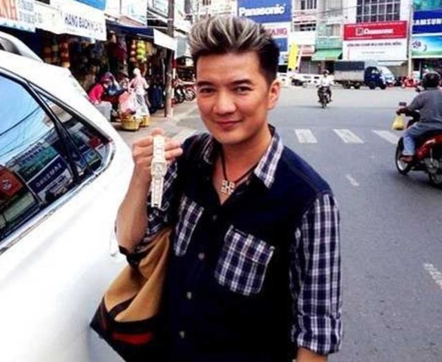 Loạt sao Việt từng khóc ròng vì mất trộm tiền tỷ - 12