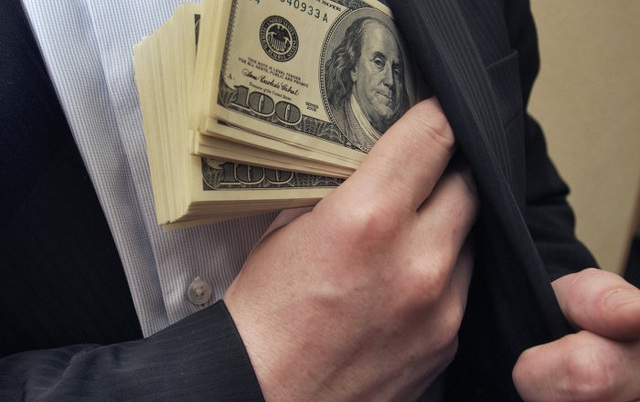 Giám đốc Trung tâm giáo dục bị khởi tố vì tham ô tài sản - 1