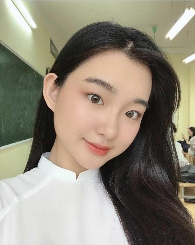 Nữ sinh xinh đẹp, học giỏi đúng chất con nhà người ta - 1