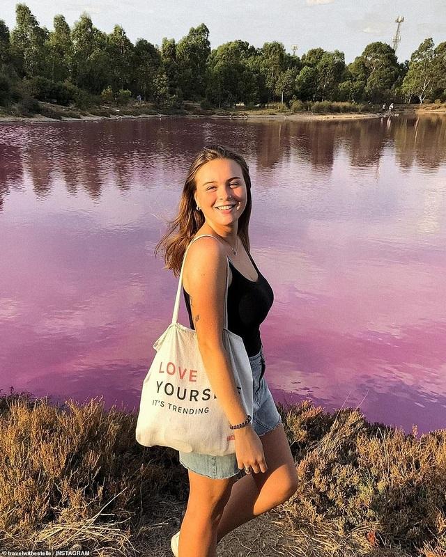 Lý giải vẻ đẹp của hồ nước tím đang gây sốt - 2