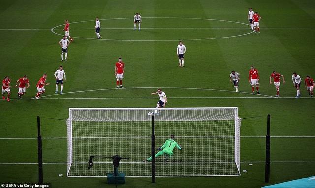 Anh, Italia, Pháp, Tây Ban Nha giành chiến thắng, Đức thua cay đắng - 1