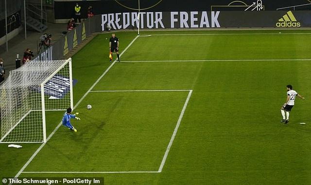 Anh, Italia, Pháp, Tây Ban Nha giành chiến thắng, Đức thua cay đắng - 22