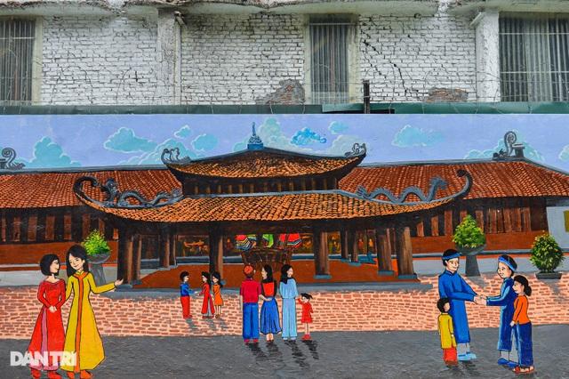 Hình ảnh khác lạ của bức tường Công ty Rạng Đông 2 năm sau vụ cháy - 4