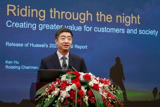 Hai năm chịu áp lực từ Mỹ, Huawei vẫn sống sót - 1