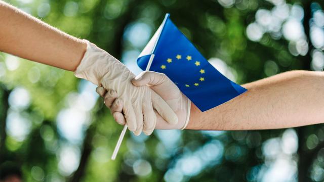 Vắc xin Covid-19 - biểu tượng nổi bật nhất của tình đoàn kết Việt Nam - EU - 1