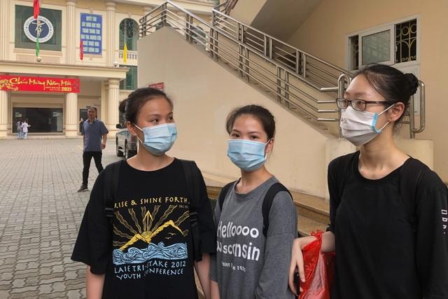 Đôi chân rướm máu và nước mắt gian khổ của học sinh trường Múa - 1