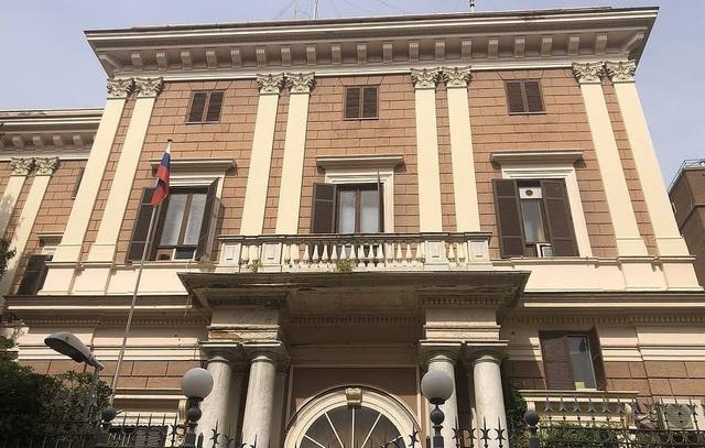 Italia bắt quân nhân nghi gián điệp cho Nga, trục xuất 2 quan chức Moscow - 1