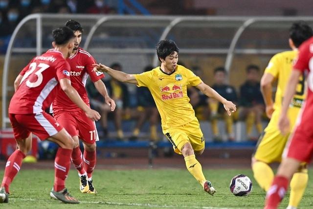 Cầu thủ HA Gia Lai tự tin giành trọn 3 điểm trên sân Hải Phòng - 1