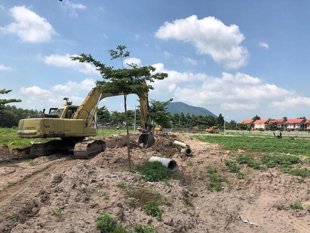 Bàn về phân lô bán nền: Đất bỏ hoang, mua xong lãi gấp 2, ai dại xây? - 2