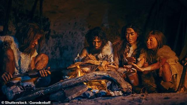 Phát hiện dấu chân người 100.000 năm tuổi ở bờ biển Tây Ban Nha - 3