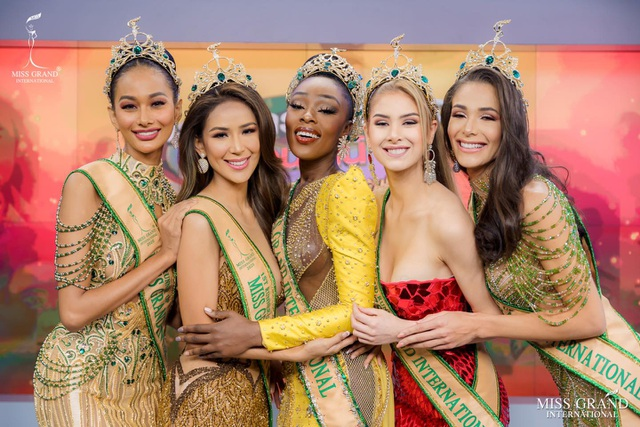 Nhan sắc gợi cảm của người đẹp hụt danh hiệu Hoa hậu Hòa bình Thế giới - 8