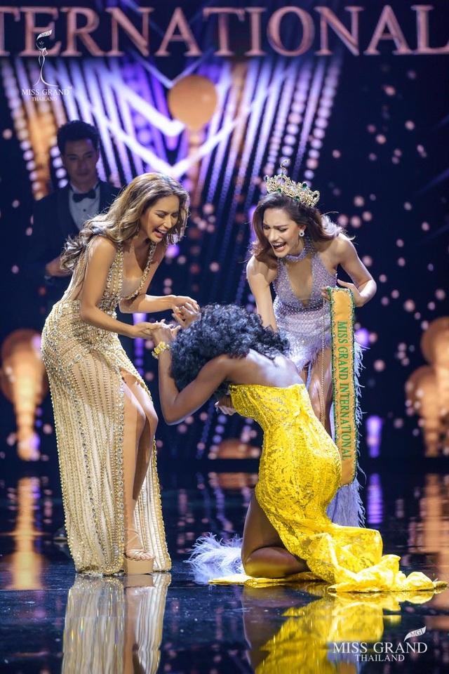 Nhan sắc gợi cảm của người đẹp hụt danh hiệu Hoa hậu Hòa bình Thế giới - 2