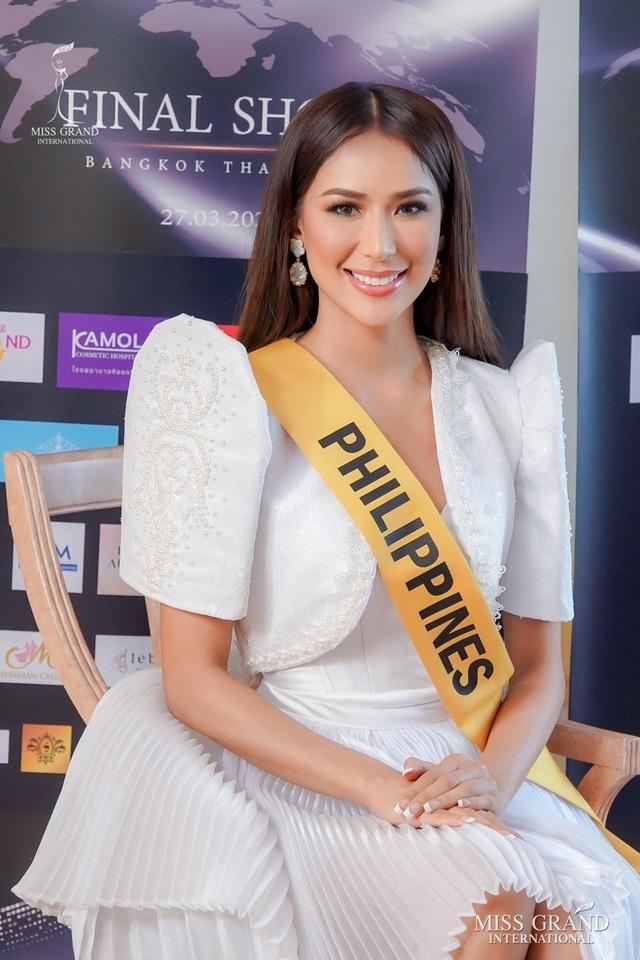 Nhan sắc gợi cảm của người đẹp hụt danh hiệu Hoa hậu Hòa bình Thế giới - 15