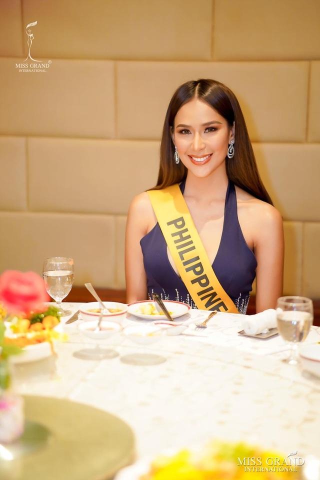 Nhan sắc gợi cảm của người đẹp hụt danh hiệu Hoa hậu Hòa bình Thế giới - 16