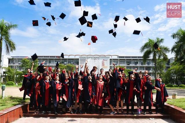 Quy chế mới về đại học: Sinh viên được học và bảo vệ tốt nghiệp trực tuyến - 2