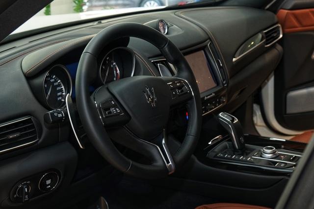 Ngắm nội thất tinh tế Ermenegildo Zegna trên chiếc Maserati Levante - 5