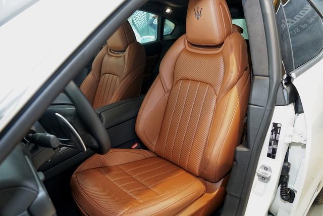 Ngắm nội thất tinh tế Ermenegildo Zegna trên chiếc Maserati Levante - 6