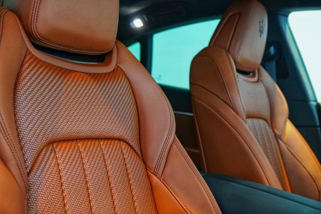 Ngắm nội thất tinh tế Ermenegildo Zegna trên chiếc Maserati Levante - 9