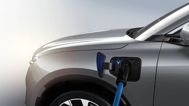 Xe điện VinFast VF e35 lộ diện với kích thước ngang BMW X3, sẽ bán tại Mỹ - 5