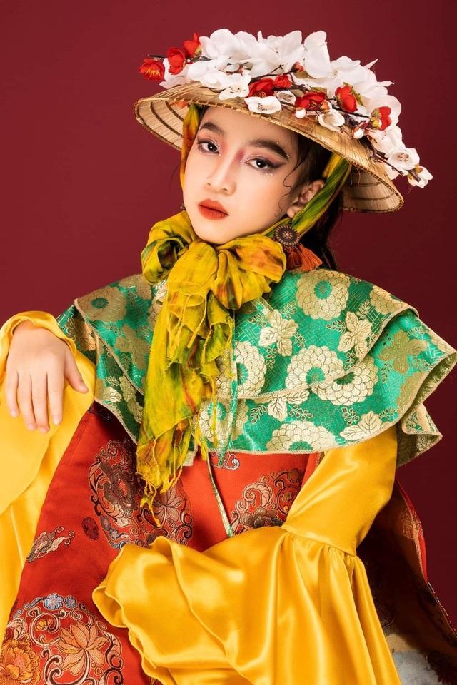 Ngắm mẫu nhí xinh đẹp, đa năng Vũ Việt Thái Hà