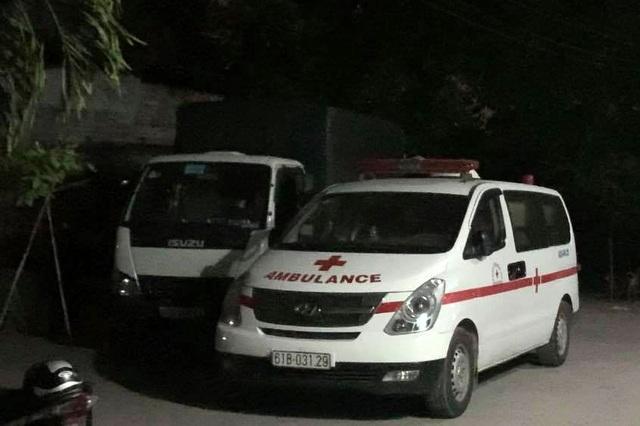 Thanh niên tử vong trong phòng trọ, thi thể bị quấn dây điện - 2