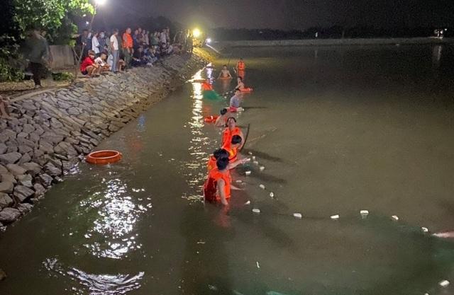 Nhóm học sinh lớp 9 rủ nhau bơi qua hồ, một em tử vong - 1