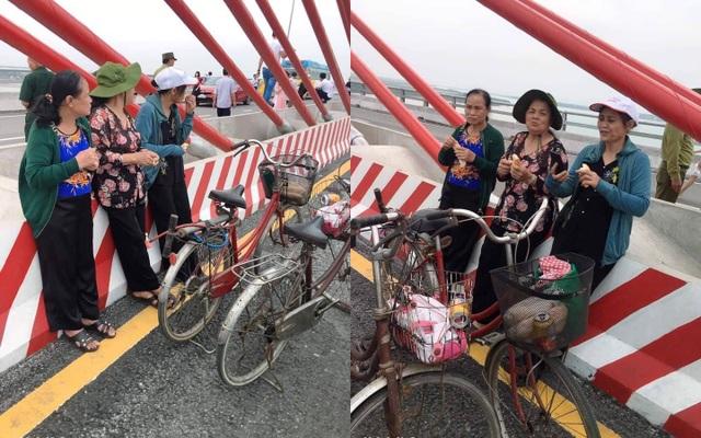 3 cụ bà phượt 60km bằng xe đạp để ngắm cây cầu dài nhất Bắc Trung Bộ - 1