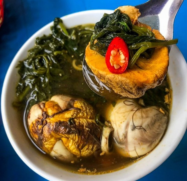 Surprisingly delicious 10 thousand dong specialties in Hanoi - 6
