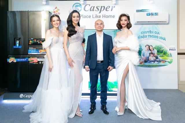 Lương Thùy Linh xuất hiện lộng lẫy cùng nhà tài trợ kim cương Miss World Vietnam 2021 - 2
