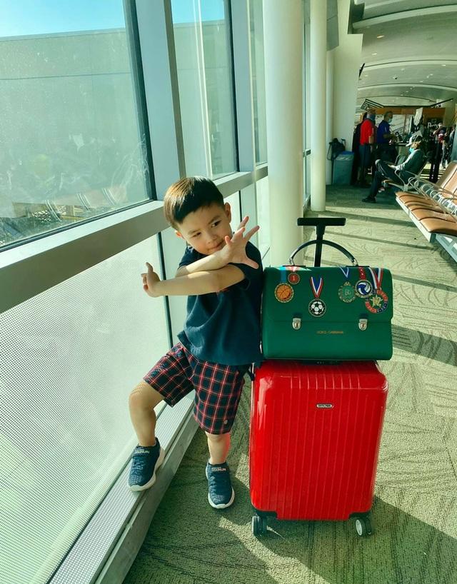 Con trai Đan Trường mặc đồ hiệu đắt đỏ đi du lịch Hawaii chào hè - 2