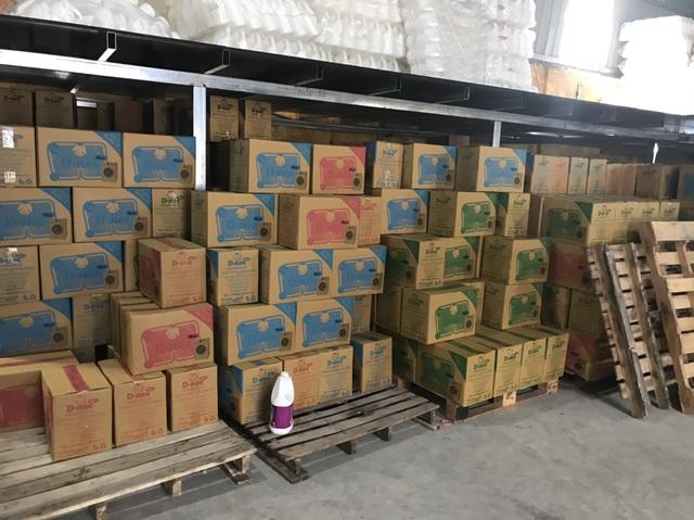 Cận cảnh cơ sở sản xuất nước giặt Thái Lan giả mạo quy mô lớn tại Hà Nội - 2
