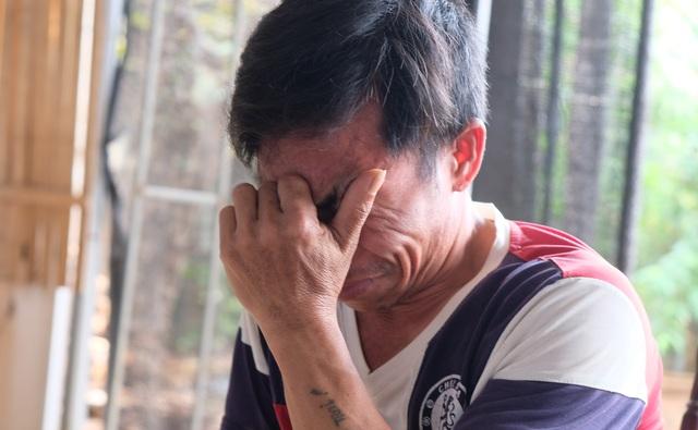 Người cha nghèo chới với trong hố sâu tuyệt vọng, rao bán nhà cứu con - 1