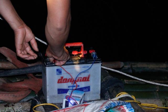 Đã mắt những mẻ vó đèn, mỗi lần kéo gần cả tấn cá - 4