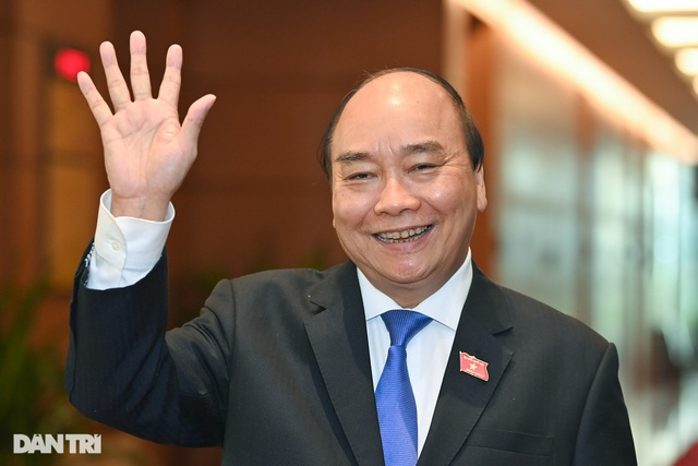 Tân Chủ tịch nước Nguyễn Xuân Phúc tuyên thệ nhậm chức - 1