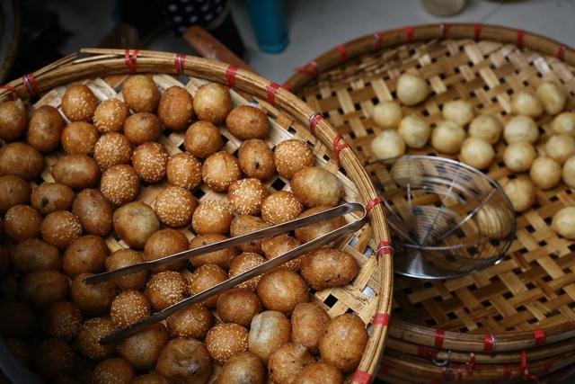 Surprisingly delicious 10 thousand dong specialties in Hanoi - 8