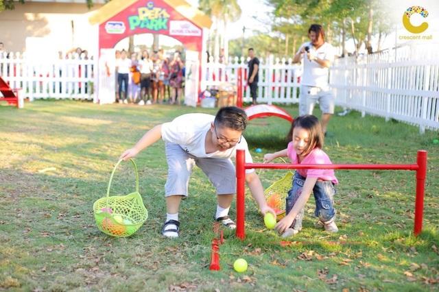 Sân golf cho bé tại Crescent Mall mừng lễ hội Phục Sinh - 3
