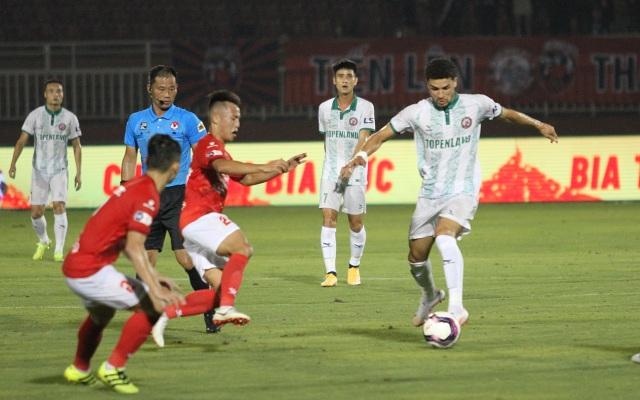 Lee Nguyễn không thi đấu, CLB TPHCM thua đậm Bình Định trên sân nhà - 4
